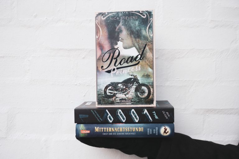 [Rezension] Road Princess – Nica Stevens